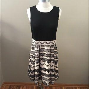 Elle Black/Tan Lace Pattern Dress